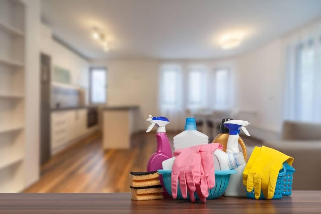 Pulizie domestiche casa